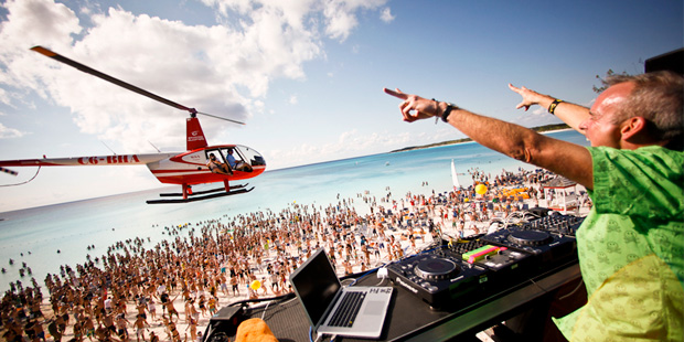 Holy Ship Helicoptero